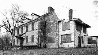 Urban Exploration: Abandoned Livingston Haunted House