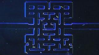 世界初!微生物を使って1mmサイズの迷路内のパックマンゲームを実現した科学者たち