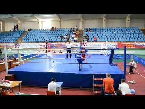 Чемпионат Армении по боксу среди кадетов 40кг Артак Саргсян(Ереван)-Баграт Азизян (Мартуни)
