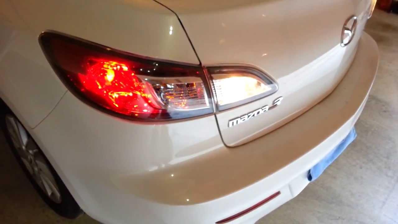 2012 mazda mazda3 - checking tail lights after replacing bulbs