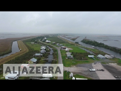 US: Rising sea levels force Louisiana residents' relocation