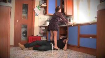 la moglie e l'idraulico