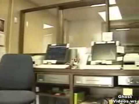Ghost Videos - Scary Videos - Real Ghosts - A Ghost Haunts the Lincoln County Courthouse.flv