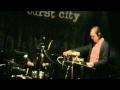 Capture de la vidéo Fabulous Diamonds - Live At Burst City