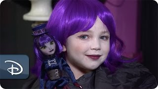 DIY Halloween Makeup: Creating Haunted Mansion Looks | Disney Parks