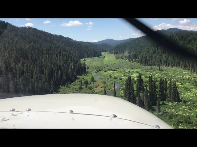 Magee, ID approach and landing in Cessna 180