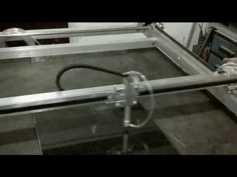 видео: Лазерный гравер по гранитному камню