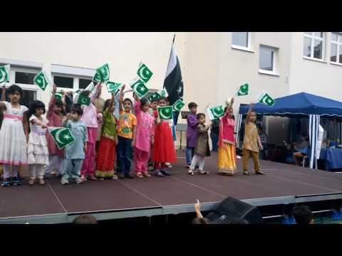 Pakistani children participating at International Day of Berlin International School