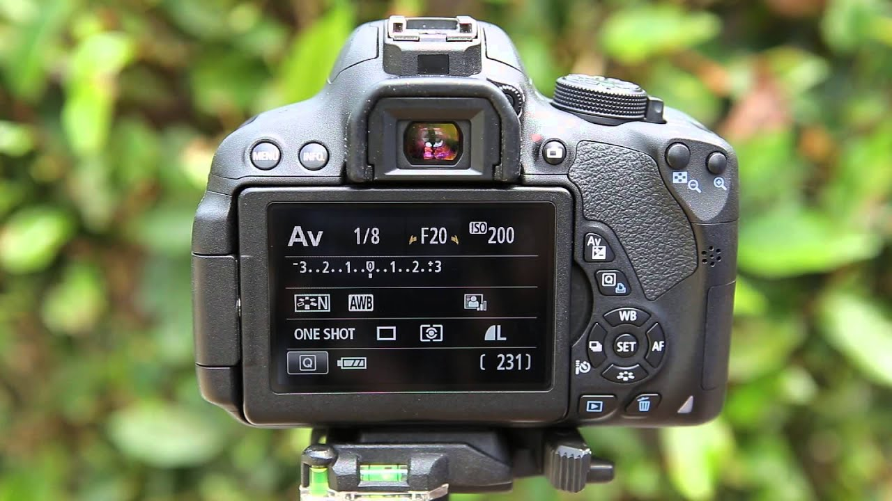How to Use Your Cameras Aperture Priority Mode
