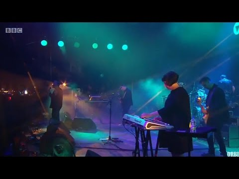 New Order - Bizarre Love Triangle (Glastonbury Festival, Worthy Farm, Pilton, England, 25.06.16.)
