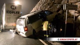 Spektakulärer Verkehrsunfall auf der B178 in Söll