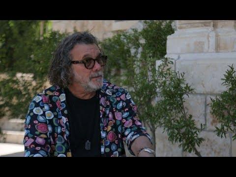 with director Jack Bender