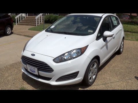 2014 ford fiesta se hatchback walkaround youtube. Black Bedroom Furniture Sets. Home Design Ideas