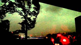 Unwetter Düsseldorf Pfingsten 2014: Sturm 1/4