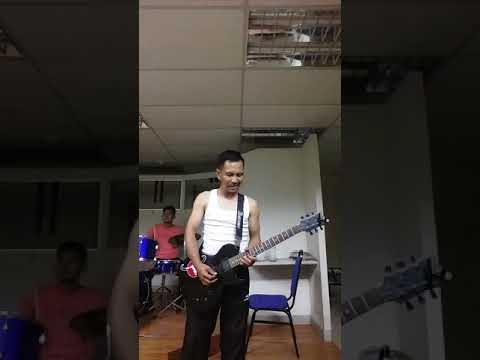 Gitar cover puisi cinta