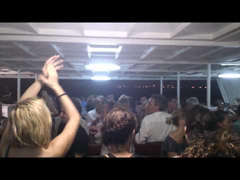 Mayotte Traversée en barge 06 02 15 ambiance de fou