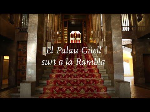 El Palau Güell surt a La Rambla per la diada de Sant Jordi