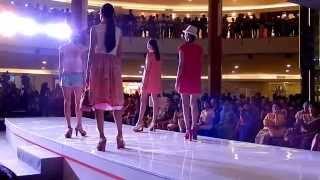 DARADARA Fashion Show (shoes by KLOOM) - Jakarta Fashion & Food Festival 2015