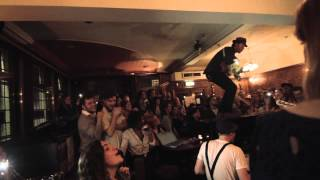 Baixar The Lumineers - Secret Show at London's The Sebright Arms