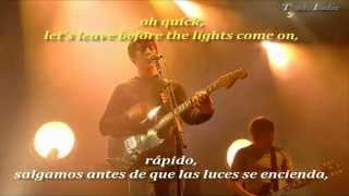 Arctic Monkeys- Leave Before The Lights Come On Ingl�s Y Espa�ol