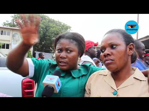 Police accused of attacking unemployed picketing nurses