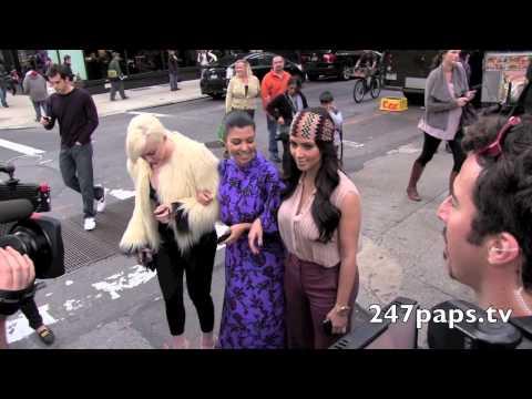 Kim & Kourtney Kardashian Walking Through the Streets of NYC (ThrowBack)