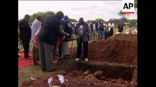 Funeral of 3-yr-old boy accidentally shot by police
