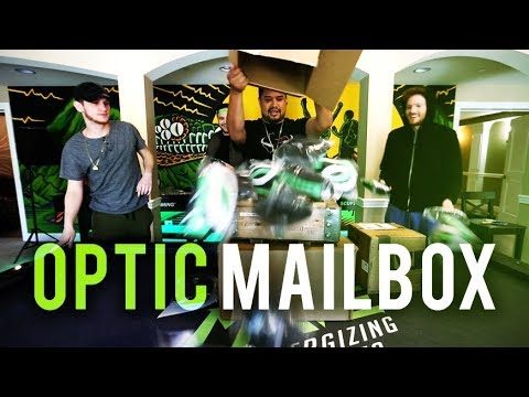 EATING ALLIGATOR!? - OpTic Mailbox Ep. 11