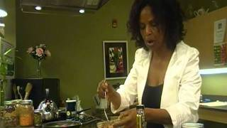 Ethiopian Cuisine: how to prepare flaxseed sauce and pasta