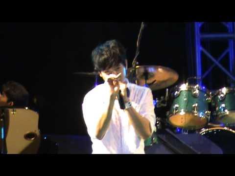 Ice Sarunyu - Kon Jai Ngai @ BKK Music Fest 2010.MPG