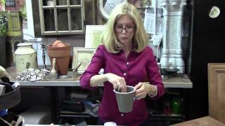 Vintage Market & Design Furniture Paint- Applying Sealer