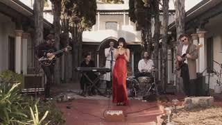 Смотреть клип The Marías - Basta Ya