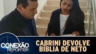 Conexão Repórter (04/12/16) - Cabrini encontra bíblia do zagueiro Neto e devolve à sua esposa