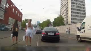 Пішоходи порушники