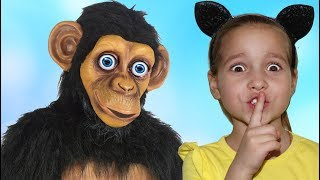 Funny Baby Doing shopping Supermarket Pretend play with Little Monkey & Toys for Children Kids video