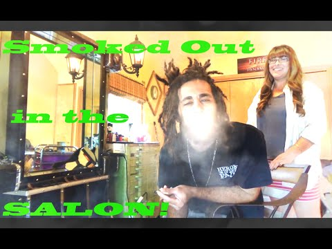 American Stoner | Smoking a Joint in the Salon...Legally!