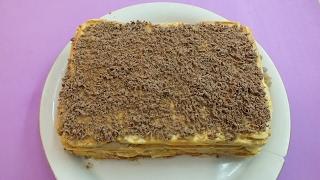 Торт вафельный простой, не приторный и хрустящий. Объедение.