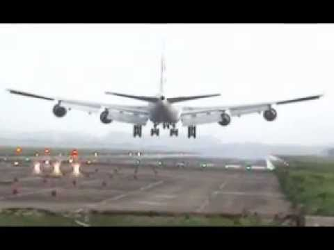 Amazing Scenes from Dhaka Airport (landing, takeoff)