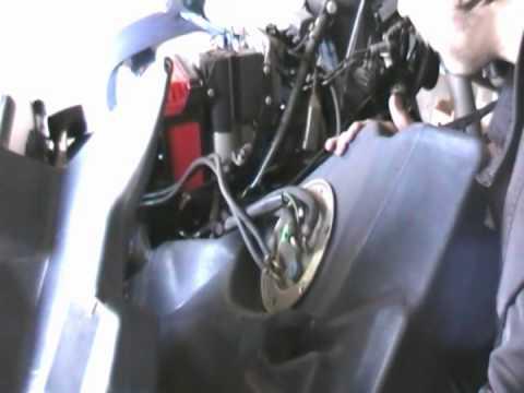 Замена топливного фильтра на мотоцикле BMW R1100RT