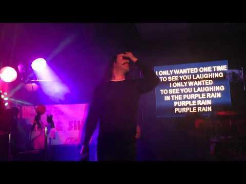 King of the Yukon sings karaoke at 12 Kings Pub