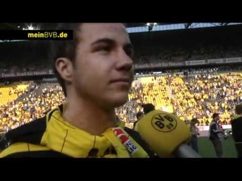 BVB - Nürnberg: Interviews auf dem Spielfeld (Deutscher Meister 2011)