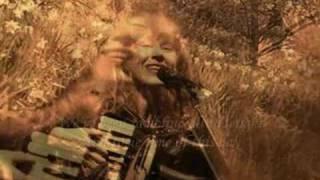 Loreena McKennitt- The Mummer