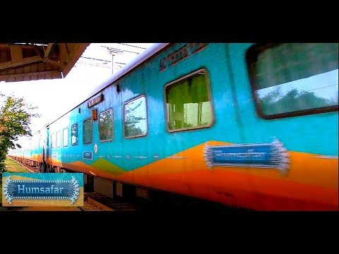 Dangerously Fast Vijayawada Howrah HUMSAFAR Express Thrashes at Max Speed || Luxurious High Speed