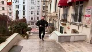 Adanalı-Kovalamaca Klibi.wmv