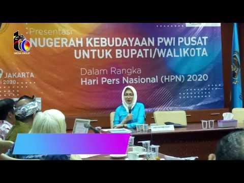 Presentasi Walikota Tangsel Di Anugerah Kebudayaan PWI Pusat