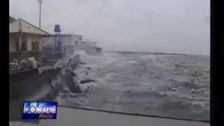 Ganasnya Alam (Banjir Rob Muara Baru)
