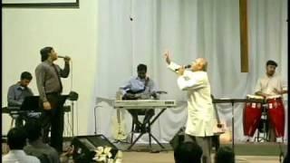 LIVE Worship - Father Berchmans - Oru thai Thetruvathu Pol