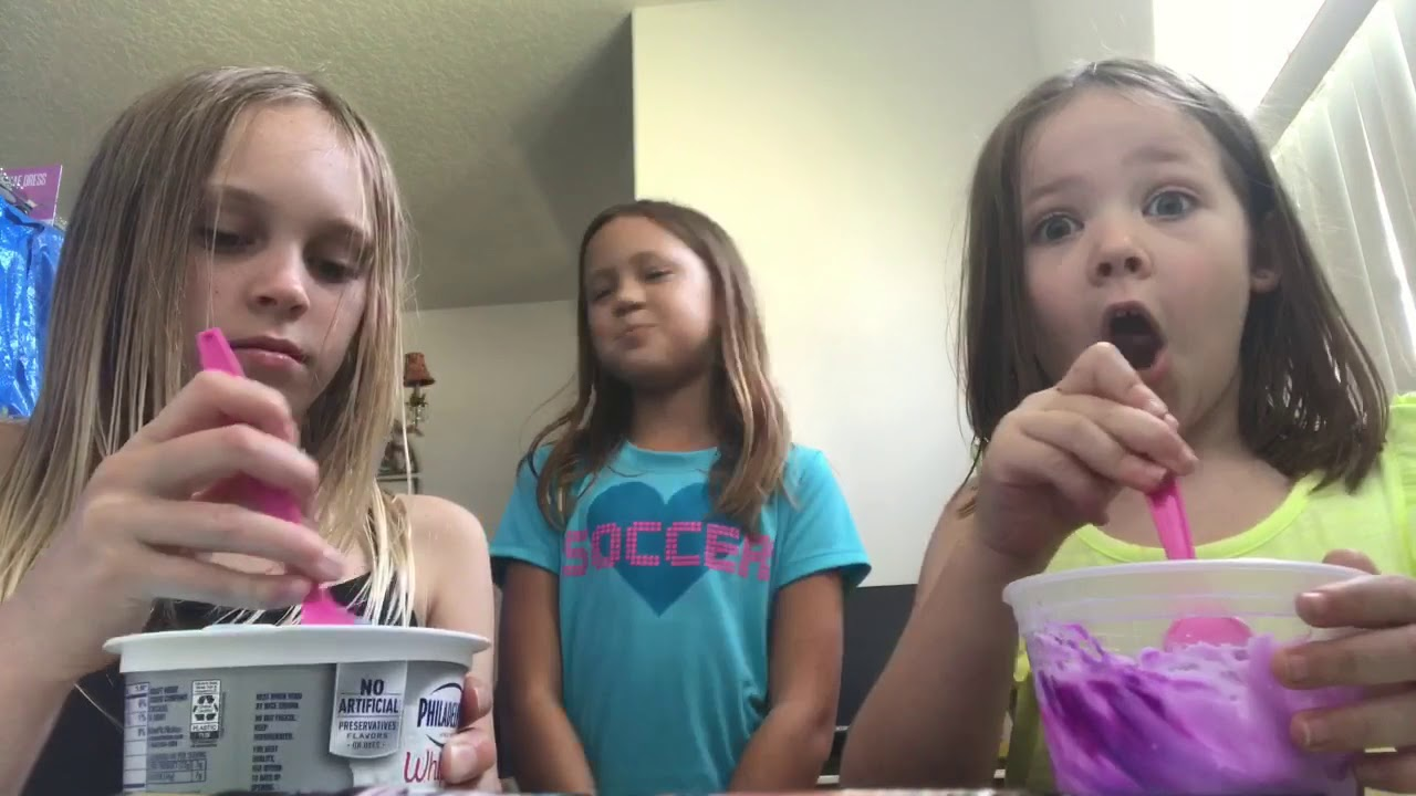 Making Slime Weleanor  My Cousin - Youtube-9753