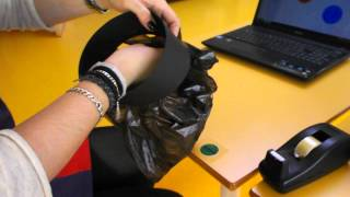 Repeat youtube video Como hacer una sombrero para un disfraz de pintor