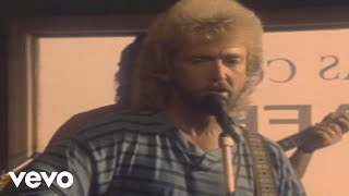 Watch Keith Whitley Im No Stranger To The Rain video